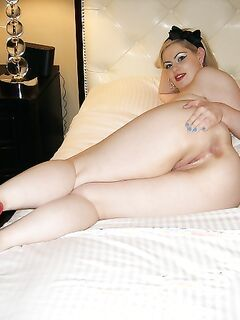 Сочные куколки за тридцать демонстрируют голые тела секс фото и порно фото