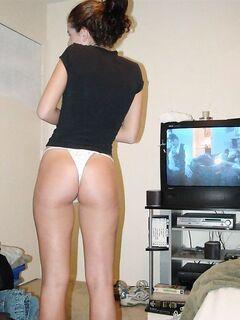 Подборка снимков полуобнажённых девушек в трусиках секс фото и порно фото