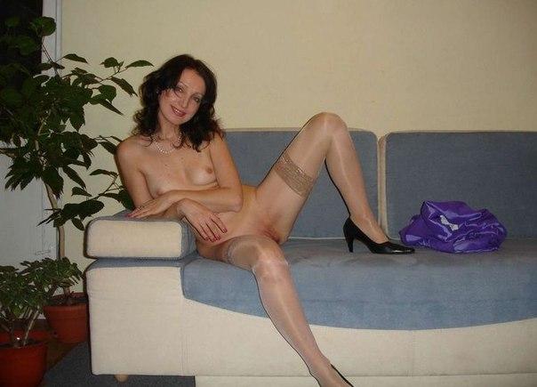 Мамки показывают голые титьки и  пилотки секс фото и порно фото