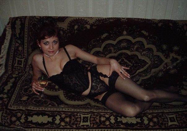 Домашние мамочки позируют голыми перед камерой секс фото и порно фото