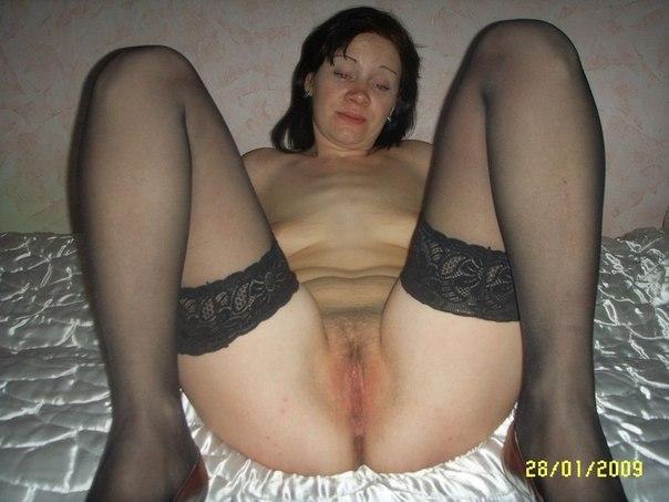 Зрелые бабы принимают развратные позы на камеру секс фото и порно фото