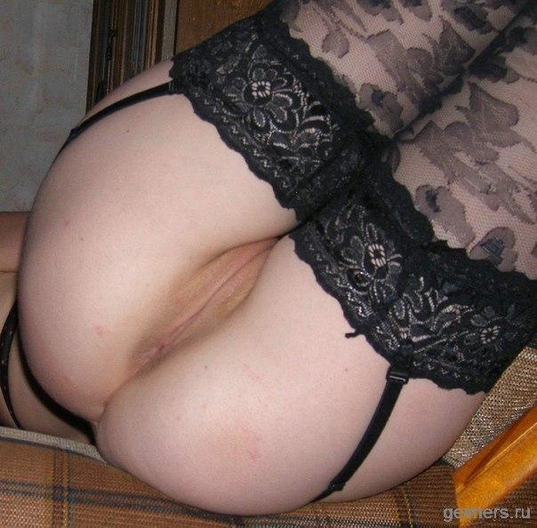 Красивые девушки и женщины трахаются в пизду и анал секс фото и порно фото