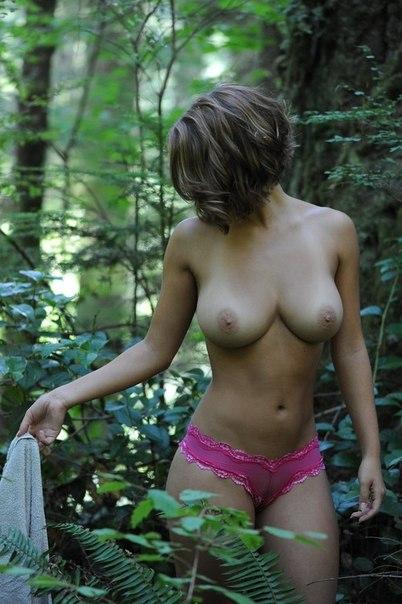 Красивые девушки и женщины демонстрируют сексуальные тела на камеру секс фото и порно фото