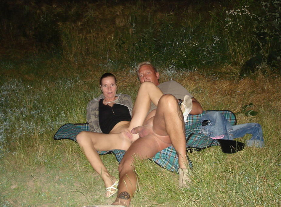 Любительская подборка группового секса семейных пар секс фото и порно фото