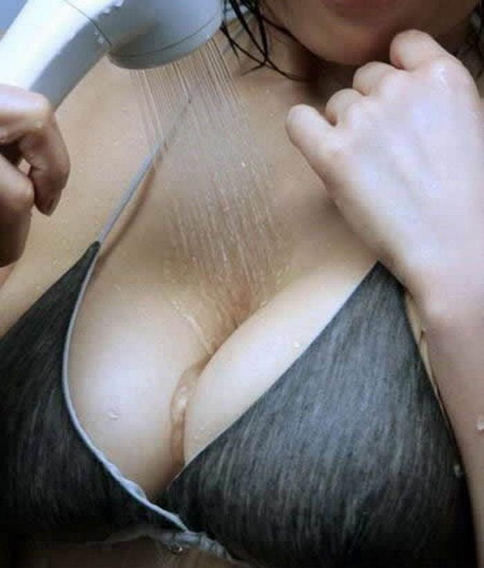 Подборка снимков красивых девиц с большими буферами секс фото и порно фото